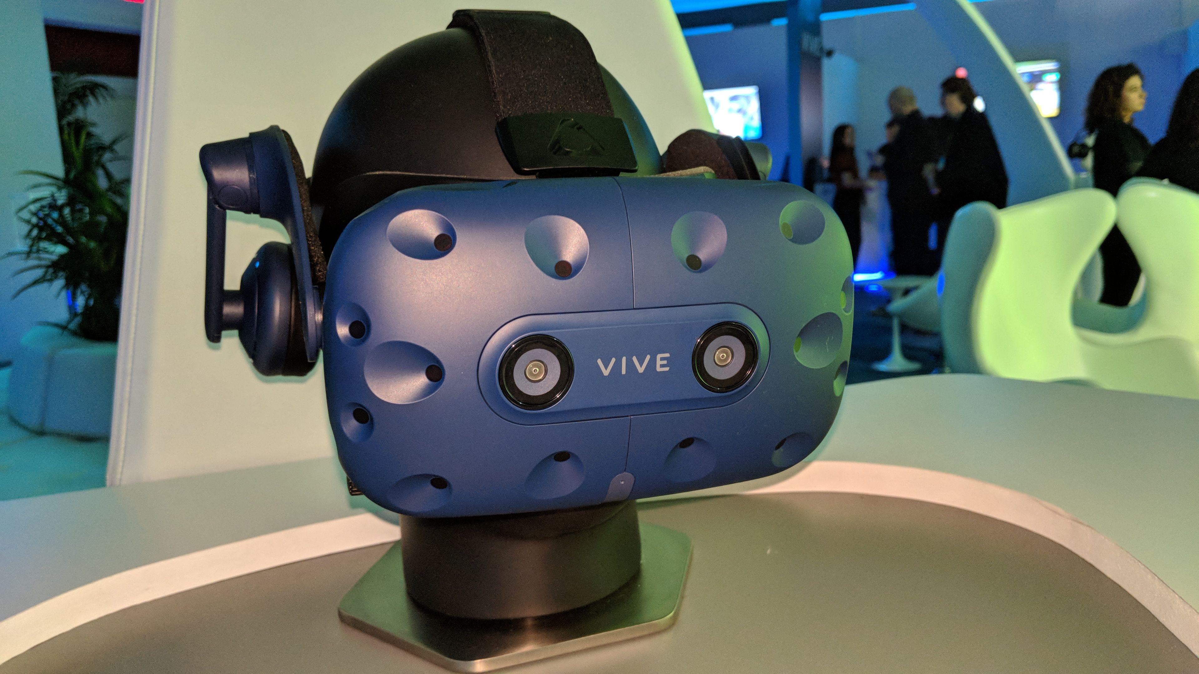 Обзор HTC Vive Pro: первые впечатления